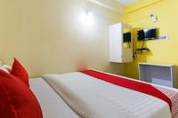 OYO 46480 Hotel Golden Palace Saver