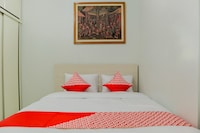 OYO 1242 Aeropolis Apartment