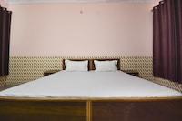 OYO 46517 Walaiti Hotel & Food Point SPOT