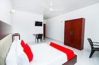 OYO 289 Grand Ray Hotel