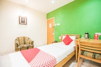 OYO 46562 Amaran Hotels By Sl Hotels Deluxe