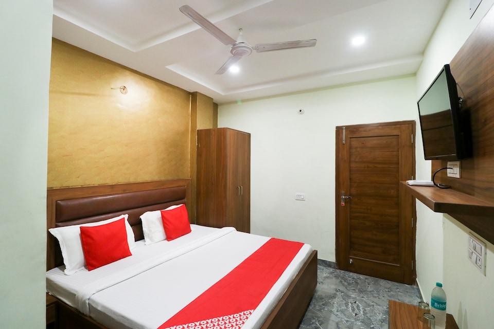 OYO 46567 Hotel Anvi Palace