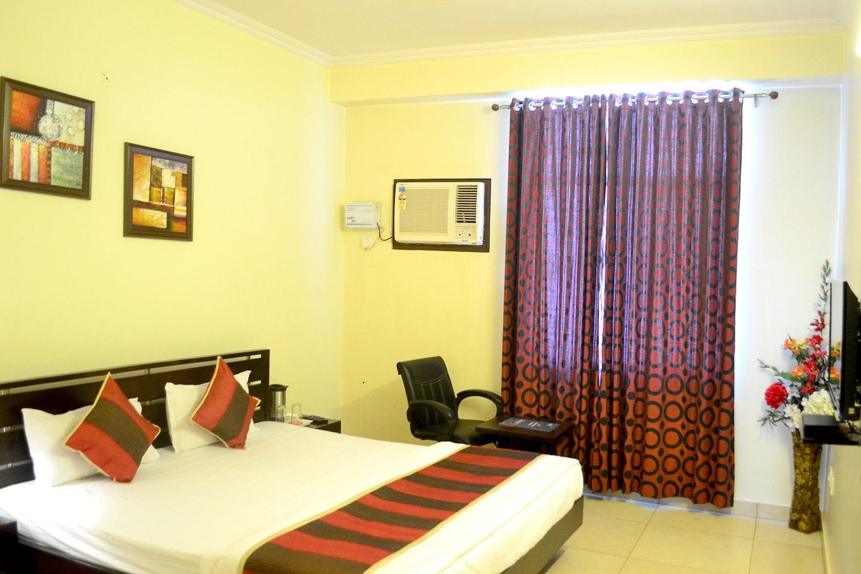 OYO Rooms 230 NWR Headquartes Malviya Nagar Room-1