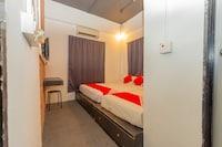 OYO 44032 Zzz Hotel