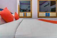 OYO 46646 Hotel Surya Villa