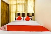 OYO 46661 Hotel Surya Saver