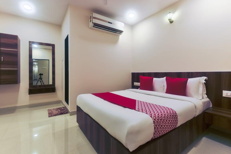 Capital O 46662 Hotel Vijay Inn