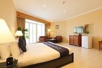 Capital O 224 Holiday Beach Resort