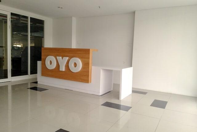 OYO Flagship 1260 Sentraland Karawang