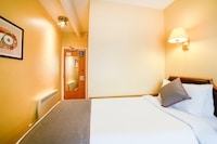 OYO Sandringham Hotel