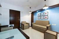 OYO Home 46780 Modern Suites Airport