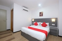 OYO 44043 First Garden Hotel
