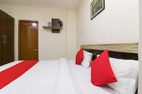 OYO 46824 Kashi Hotel Stay