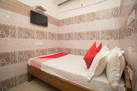 OYO 46826 Hotel Roshni  Saver