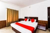 OYO 46828 Hotel Devidyar