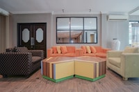 OYO 1282 Feodora Airport Hotel