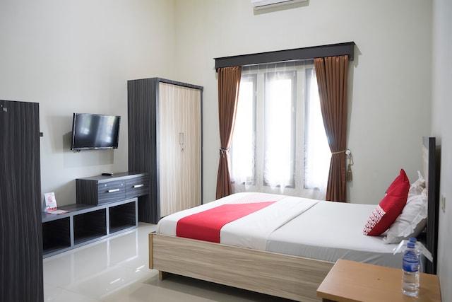 OYO 1283 Guest House Loemajan