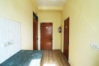 SPOT ON 46861 Tushir House