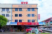 OYO 44051 Sunlight Inn