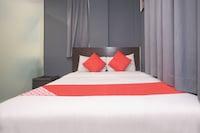 OYO 44052 Seven Hotel