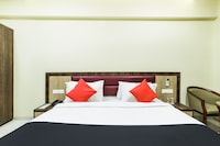 Capital O 46883 Hotel Shiv Palace