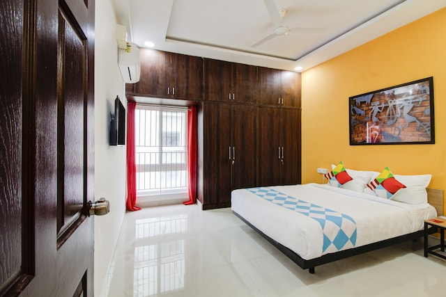OYO 46893 Vibrant Stay Near Divya Sri Campus
