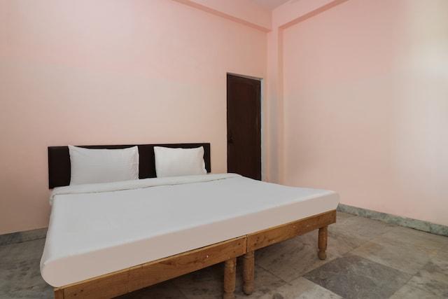 SPOT ON 46953 Hotel Taqgene SPOT