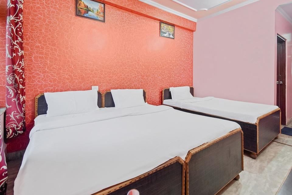 SPOT ON 46972 Hotel Om Jai