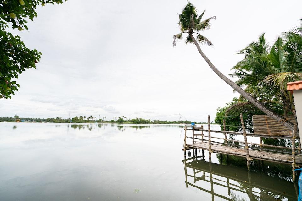 OYO 46996 Atharvam Resort