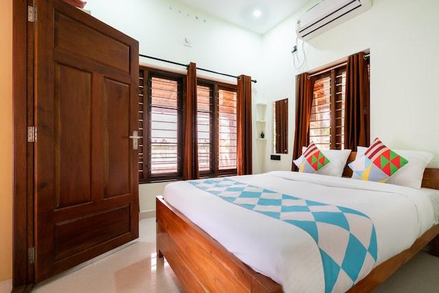 OYO Home 46996 Atharvam Resort