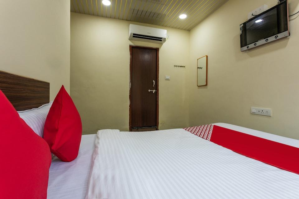 OYO 47033 Hotel Krishna, Station Road - Indore, Indore