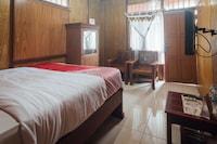 OYO 1300 Crecia Guest House