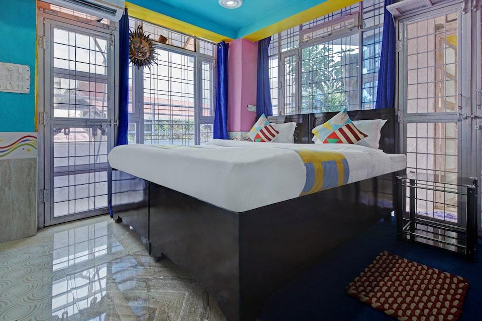 OYO Home 47068 Compact Stay Dehradun