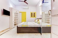 OYO 47072 Delightful Stay Max Hospital Saket