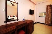 OYO Rooms 083 Kacheripady Junction MG Road