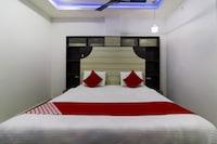OYO 47111 Hotel Mayur