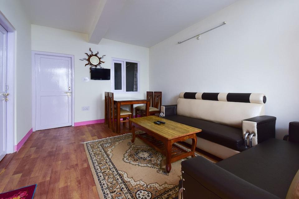OYO Home 47139 Peaceful 2bhk Apartment Patenglee