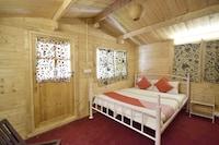 OYO 4692 KS Palace Srinagar