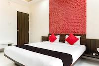 Capital O 47179 Hotel Swamiraj Deluxe