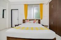 OYO Home 47208 Classic Stay Pristine Hospitality Near WTC
