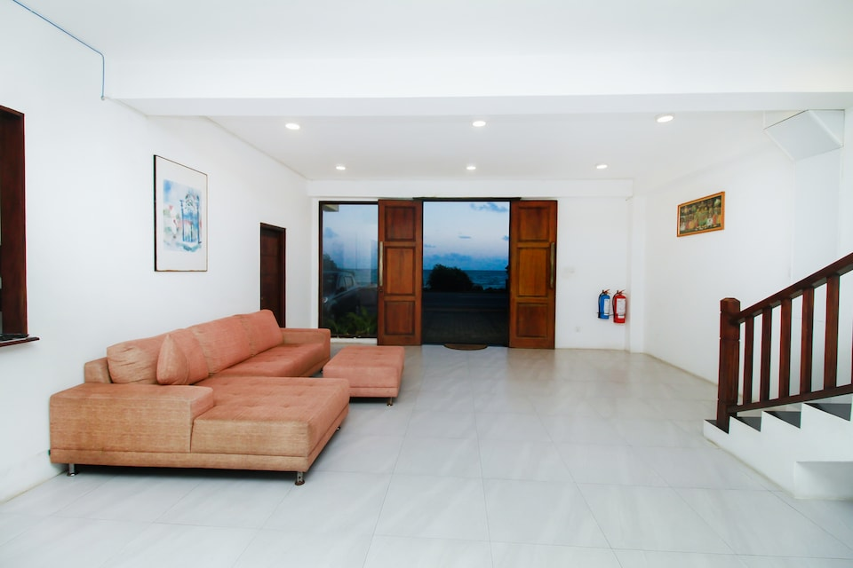 OYO 300 Sinha Hotel