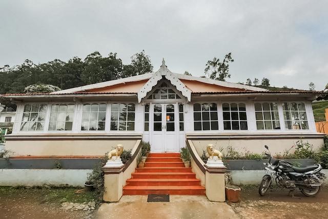 OYO 47241 Lions Heritage Villa Deluxe