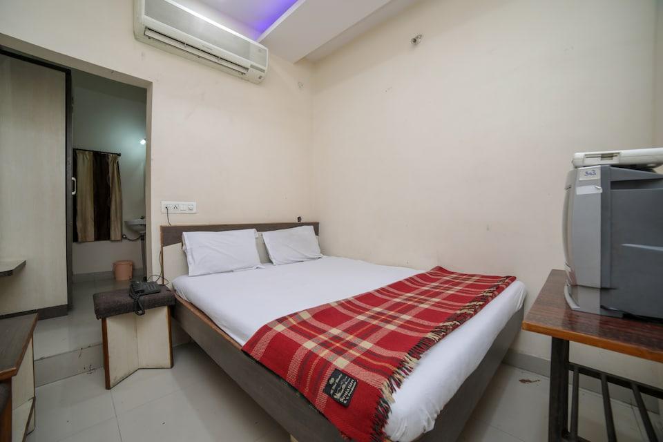 SPOT ON 47254 Shraddha Hotel