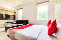 OYO 47305 Hotel Rishabh& Banquet Deluxe