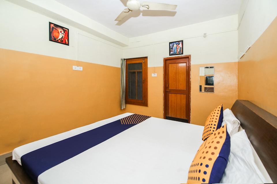 SPOT ON 47315 Hotel Shivam