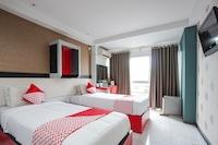 OYO 1318 Hotel Prince Boulevard