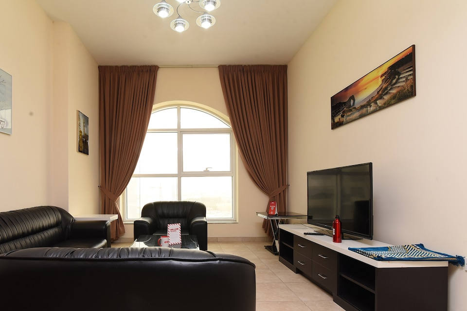 OYO Home 237 1BHK Capitol Tower,DIC