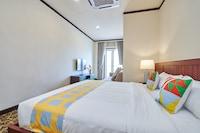 OYO Home 44077 Glamorous The Platinum Suites
