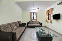 OYO Home 47510 Peaceful Stay Parra