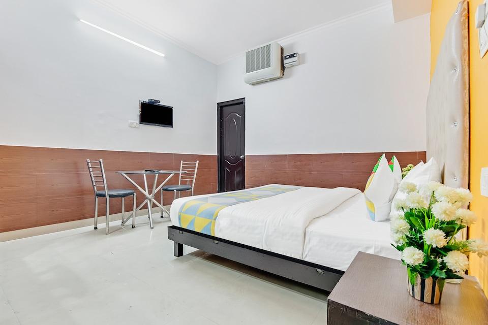 OYO 47518 Comfortable Stay